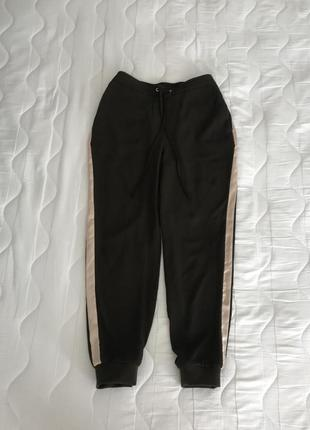 Легкие брюки с шелковыми лампасами s/m zara португалия 🇵🇹 оригинал2 фото