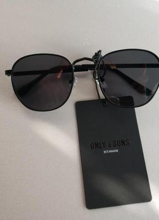 Солнцезащитные очки    унисекс датского бренда only&sons европа оригинал