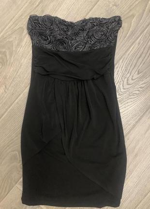Нарядное чёрное мини платье  бюстье с серебром