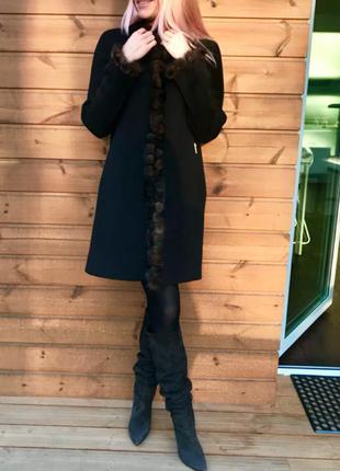 Элегантное женское пальто с норкой