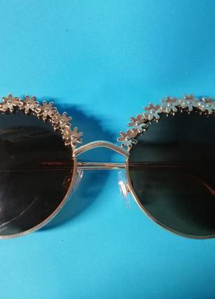 😍стильные женские солнцезащитные очки с цветочным дизайном😍2 фото