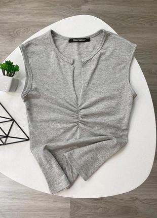 Топ серый с люрексом , блестящий , tally weijl ,размер xs, стильный в наличии