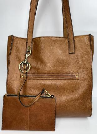 Кожаная фирменная обьемная сумка- тоут на плечо и кожаный кошелёк marks & spencer.