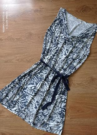 Літнє плаття, сарафан