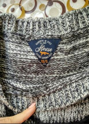 Стильный вязанный свитерок с совой
