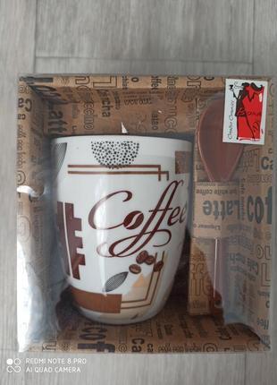 Чашка с керамической ложкой