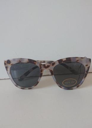 Фирменные качественные солнцезащитные очки из германии.7 фото