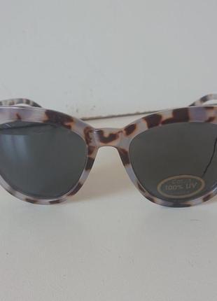 Фирменные качественные солнцезащитные очки из германии.1 фото
