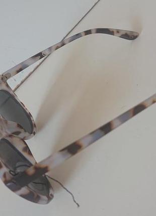 Фирменные качественные солнцезащитные очки из германии.4 фото