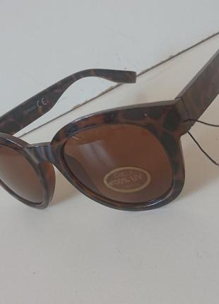 Фирменные качественные солнцезащитные очки из германии4 фото