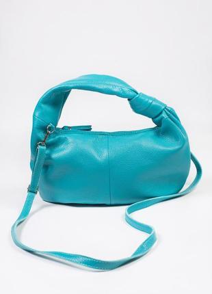 Красивая и вместительная сумка из кожи
