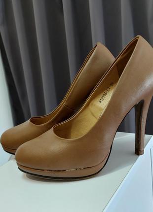 Туфли t.taccardi размер 39
