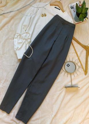 Классические шерстяные брюки с идеальной посадкой