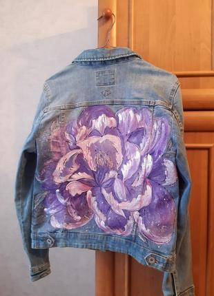 Куртка с рисунком
