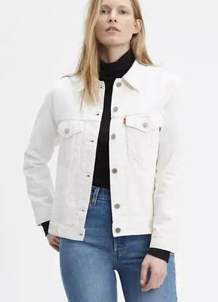 Белая джинсовая  куртка levi's, levis