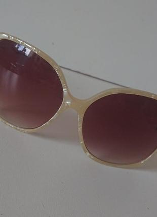 Винтажные солнцезащитные очки из германии. h&m
