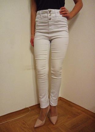 Высокие фирменные джинсы -р.44-46