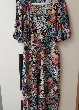 Очень красивое, яркое платье в цветах вискоза f&f, размер полный m, l.