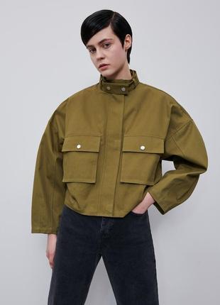 Куртка ветровка с накладными карманами reserved