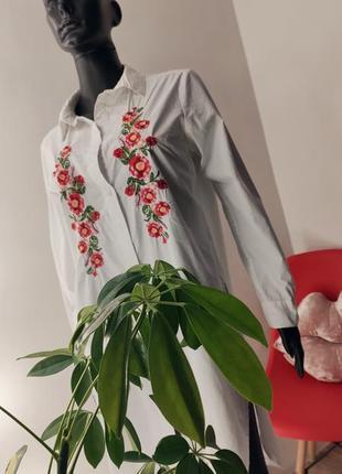 Удлинённая рубашка с вышивкой 🤍🌹6 фото