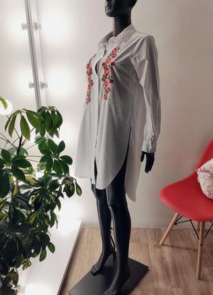 Удлинённая рубашка с вышивкой 🤍🌹5 фото