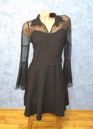 Шикарное платье с сеточкой и пышной юбкой
