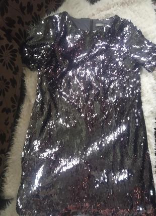 Платье в паетки