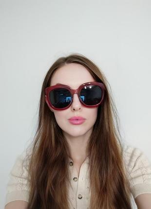Тренд большие солнцезащитные очки красные бордовые ретро окуляри сонцезахисні