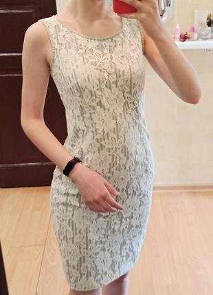 Платье узкое