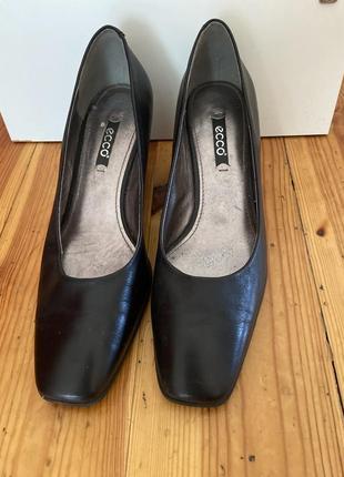 Туфли 🥿 ecco  натуральный кожа стельки 25 см