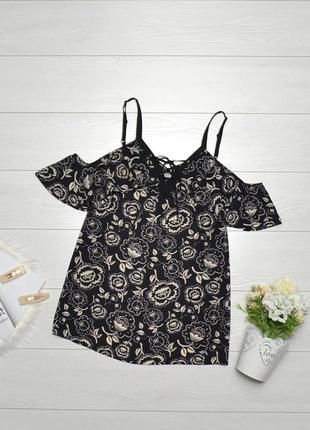 Красива блуза в квіти, відкриті плечі george.