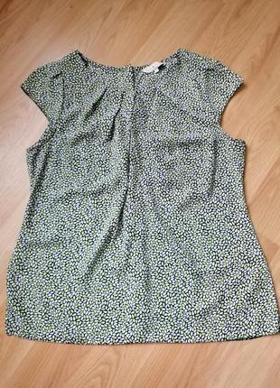 Красивая блузка, блузочка с пуговками на спинке