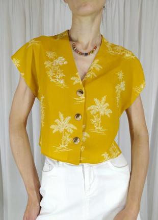 Топ кроп-топ принт пальмы горчичный цвет блуза вкорочена гудзики під дерево