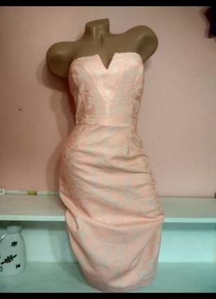 Коктейльное платье с ажуром