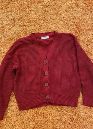 Вязаный свитер кардиган на пуговицах