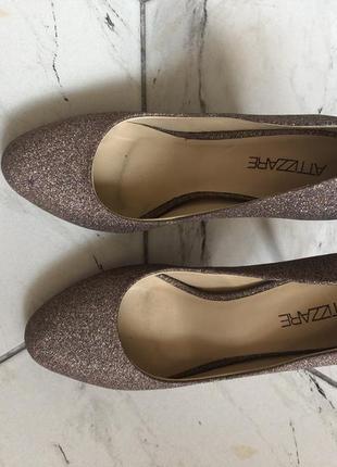 Женские туфли attizzare, p. 37 (стелька - 23,5 см)