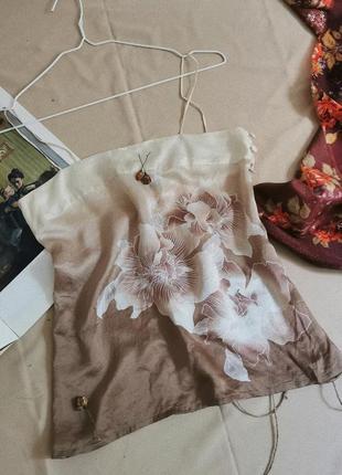 Винтажная шёлковая майка с цветами в бельевом стиле