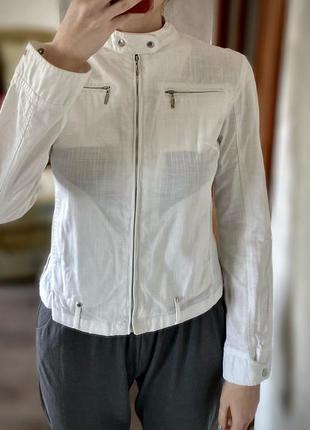 Белый жакет пиджак