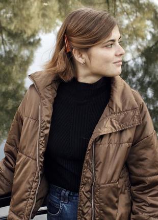 Атласная куртка