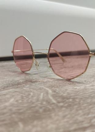 1+1=3 розовые очки