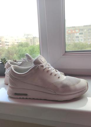 Nike оригинал белые летние кроссовки сетка2 фото