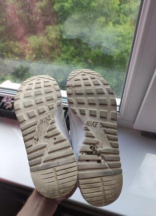 Nike оригинал белые летние кроссовки сетка9 фото