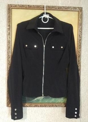 Стильная классная чёрная рубашка