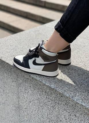 Кроссовки/обувь