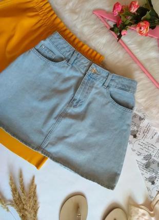 Світла джинсова спідниця міні трапеція / літня блакитна спідничка