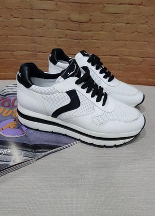 Новые кроссовки voile blanche, размер 40