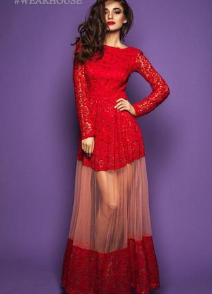Гипюровое красное длинное платье