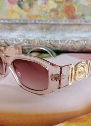 Эксклюзивные прозрачно розовые брендовые солнцезащитные женские очки шикарные!!!