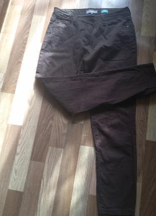 Джинсы плотные коричневые  50 размер