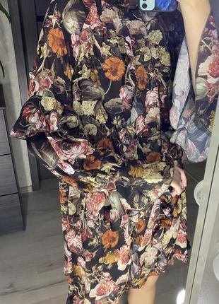 Свободное платье с оборками в цветочный принт h&m